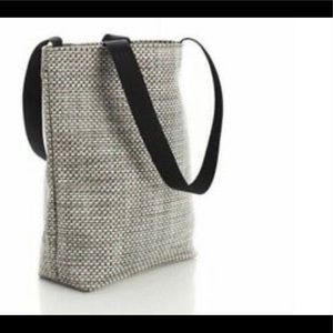 CHILEWICH LARGE WOVEN TOTE WITH LEATHER STRAPS